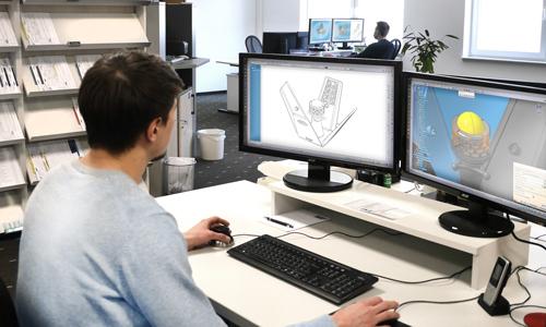 Das moderne Konstruktionsbüro von IMF-3D überprüft und optimiert CAD-Daten vor dem Druck